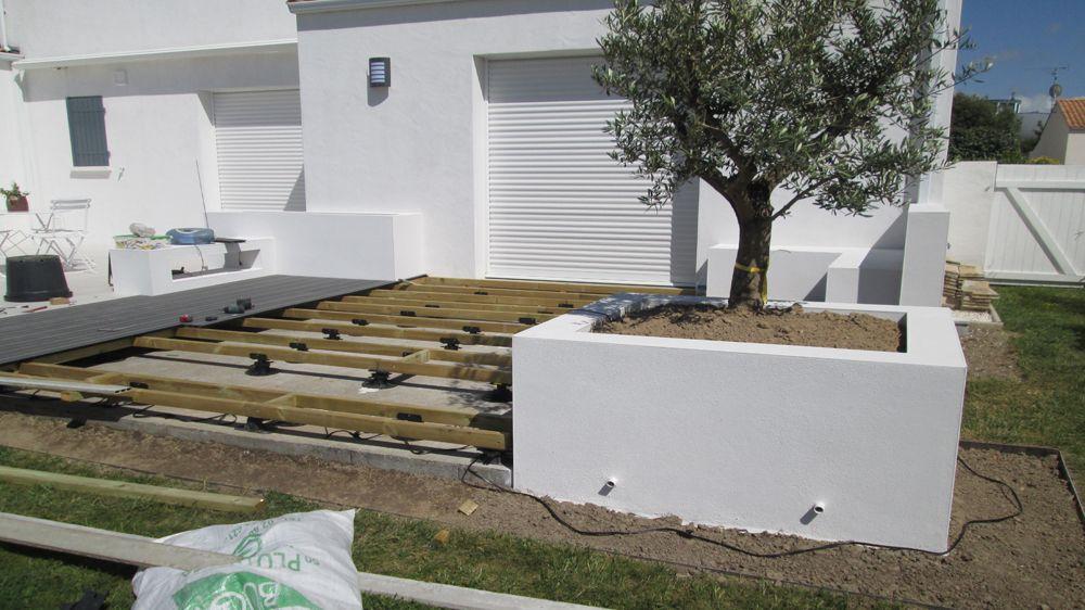 Avant / Après : Moderniser Lu0027espace Extérieur Du0027une Maison Traditionnelle.  Pose Terrasse BoisTravaux ...