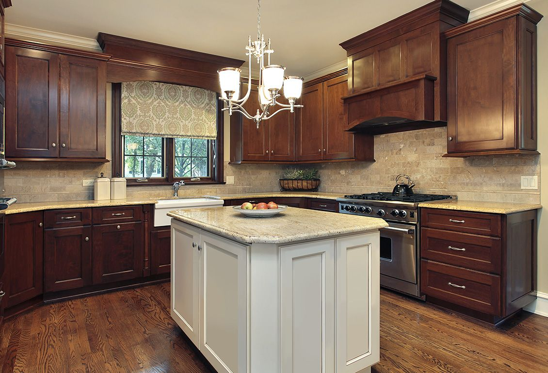 Best Fusion Chestnut Blanc Two Tone Kitchen Cabinets 400 x 300