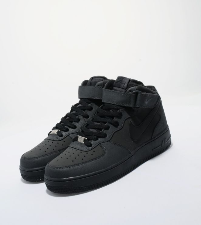 nike air force 1 black mid top vans