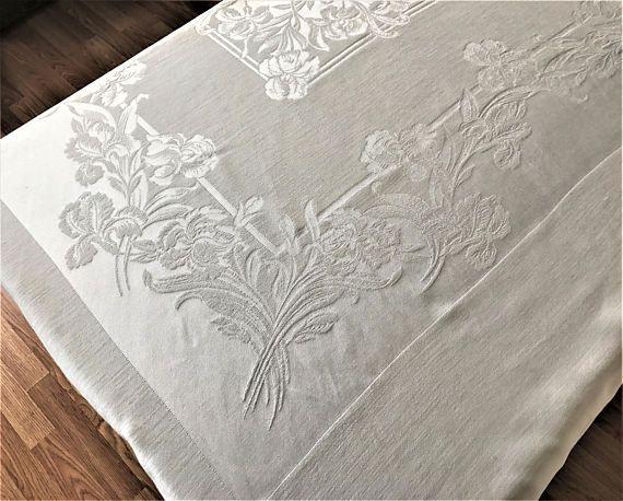Stunning Damask Tablecloth Vintage White Iris PatternDamask