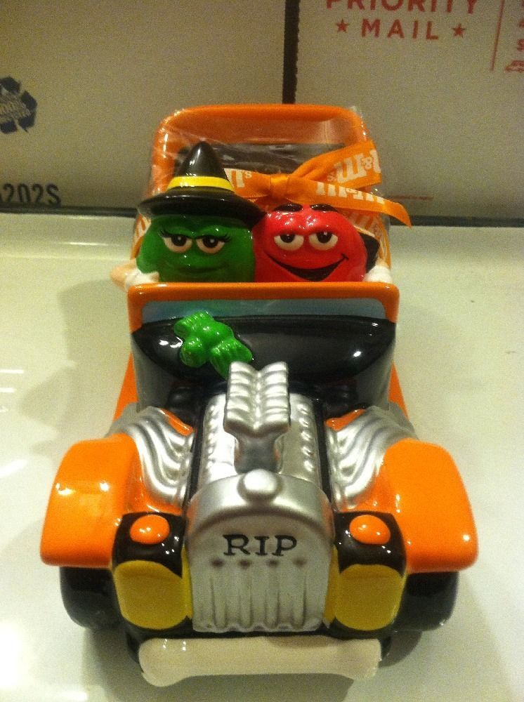 """M M Mars Ceramic Halloween Candy Dish Street Rod Scary Collectable Cute 9"""" 
