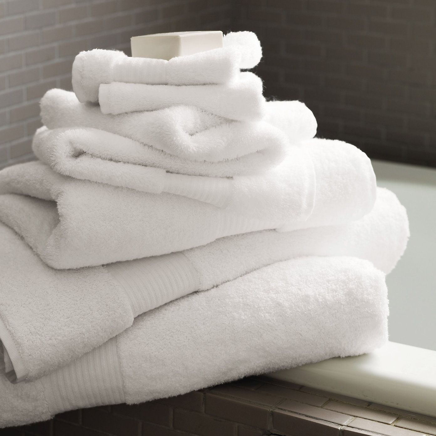 Best 25 egyptian cotton ideas on pinterest egyptian for How to get towels white