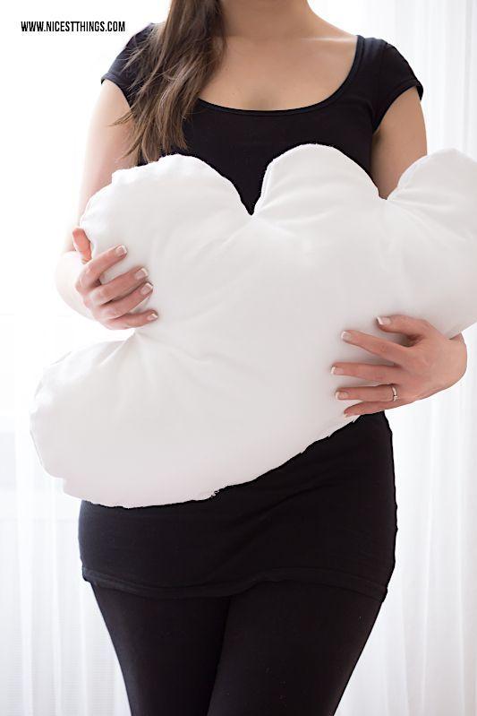 diy wolkenkissen n hen und diy wolken bettw sche selber machen sewing pinterest n hen. Black Bedroom Furniture Sets. Home Design Ideas
