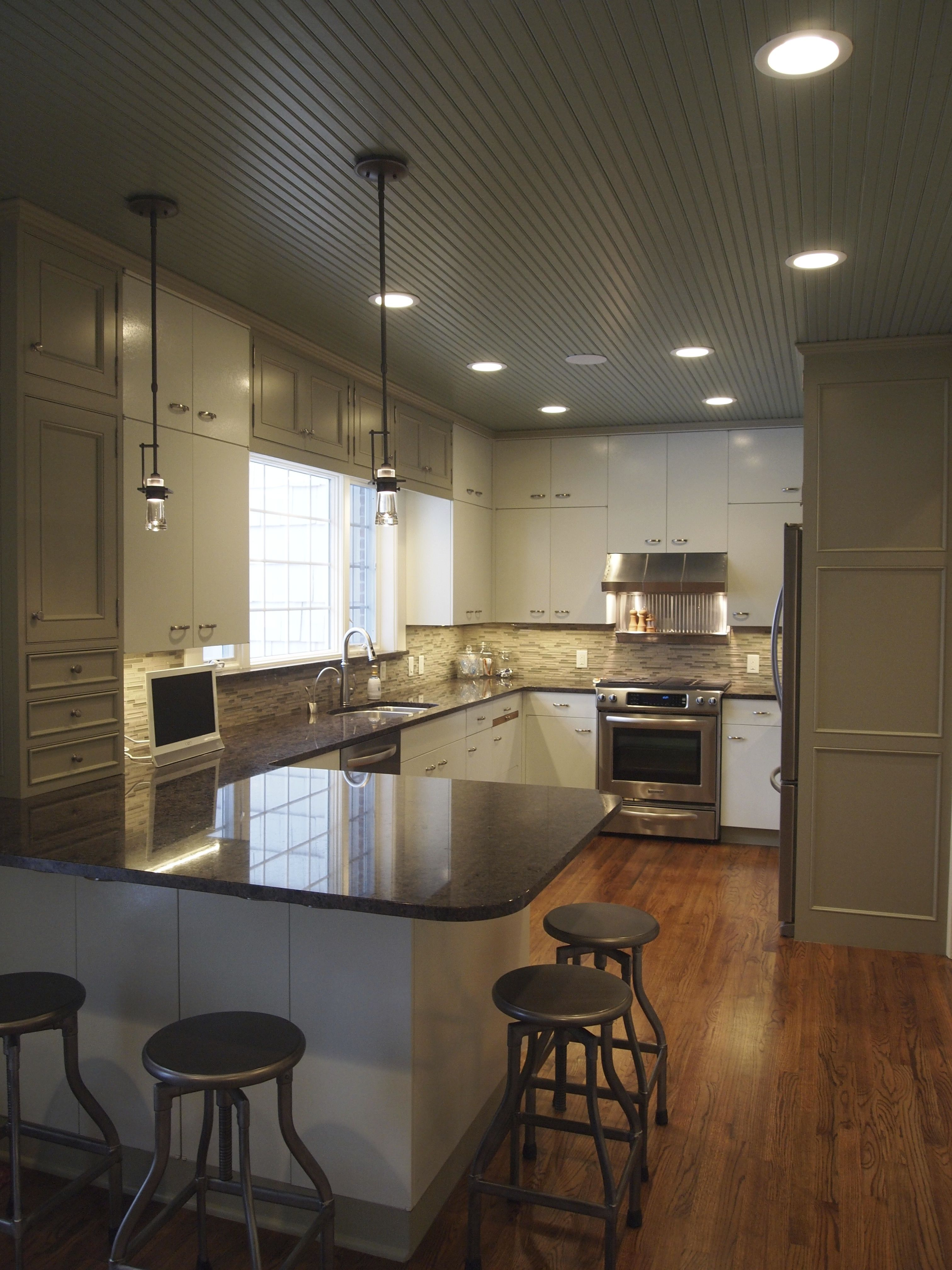 Mouser Custom Cabinetry