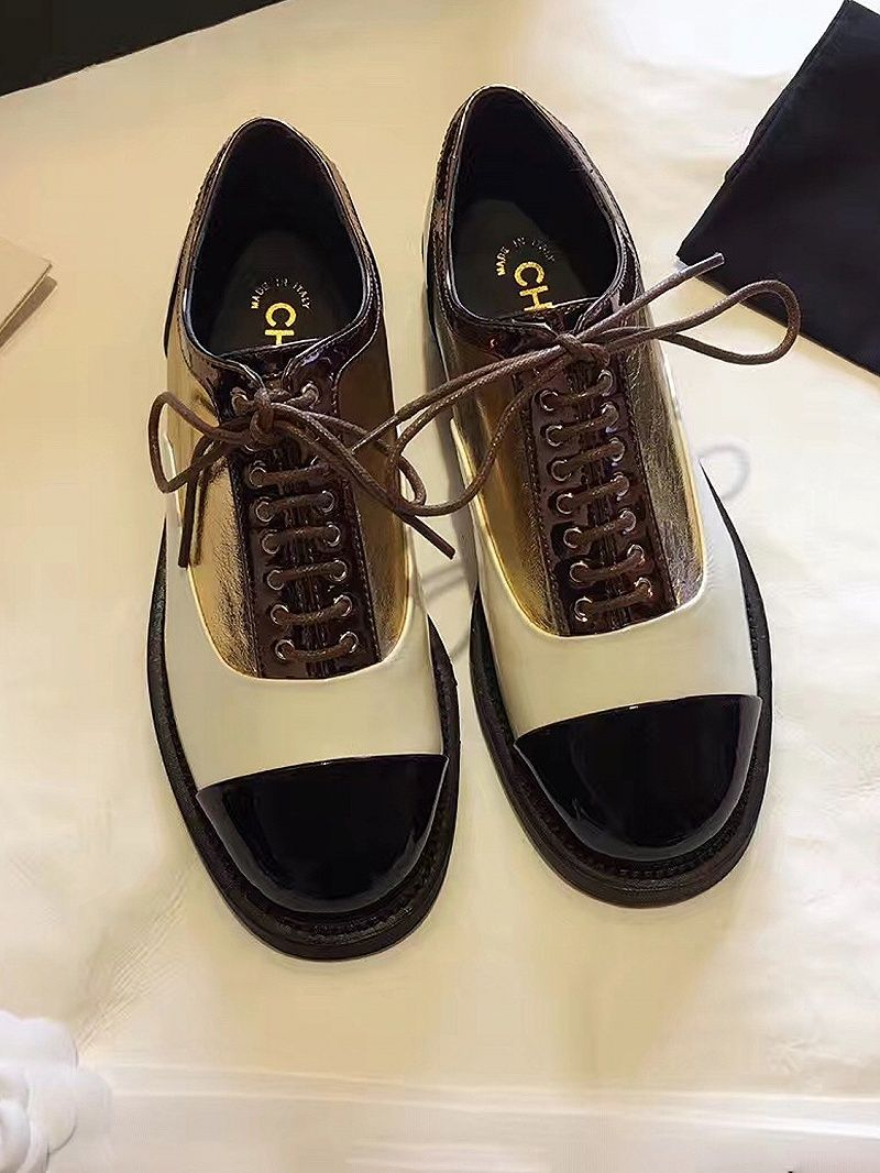 Golden Contrast Lace Up Brogue Shoes Faux Leather Upper Round Toe