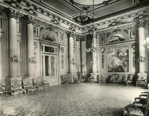 Interior Snapshot Of Ras El Tin Royal Palace Majestic Sitting Room Alexandria Egypt 1931 Old Egypt Alexandria Egypt