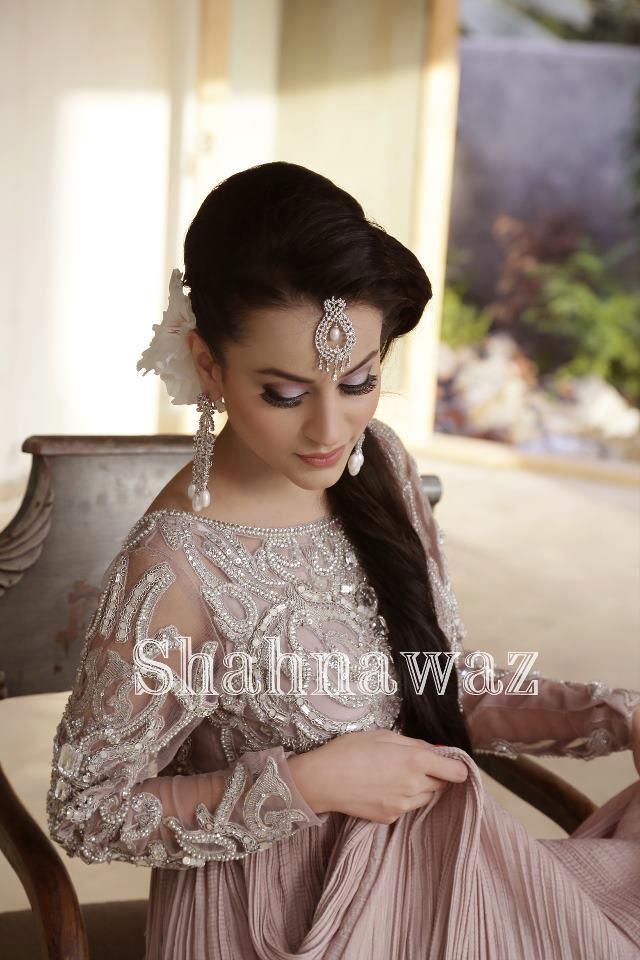 Shahna waz ;; perfect engagement outfit