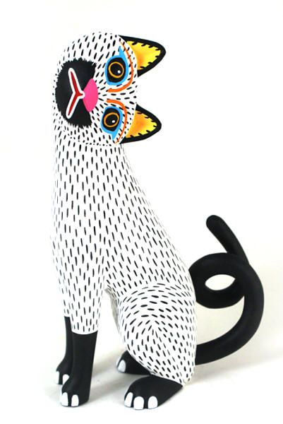"""Oaxacan wood carving master Luis Pablo, """"Snow White Cat."""""""