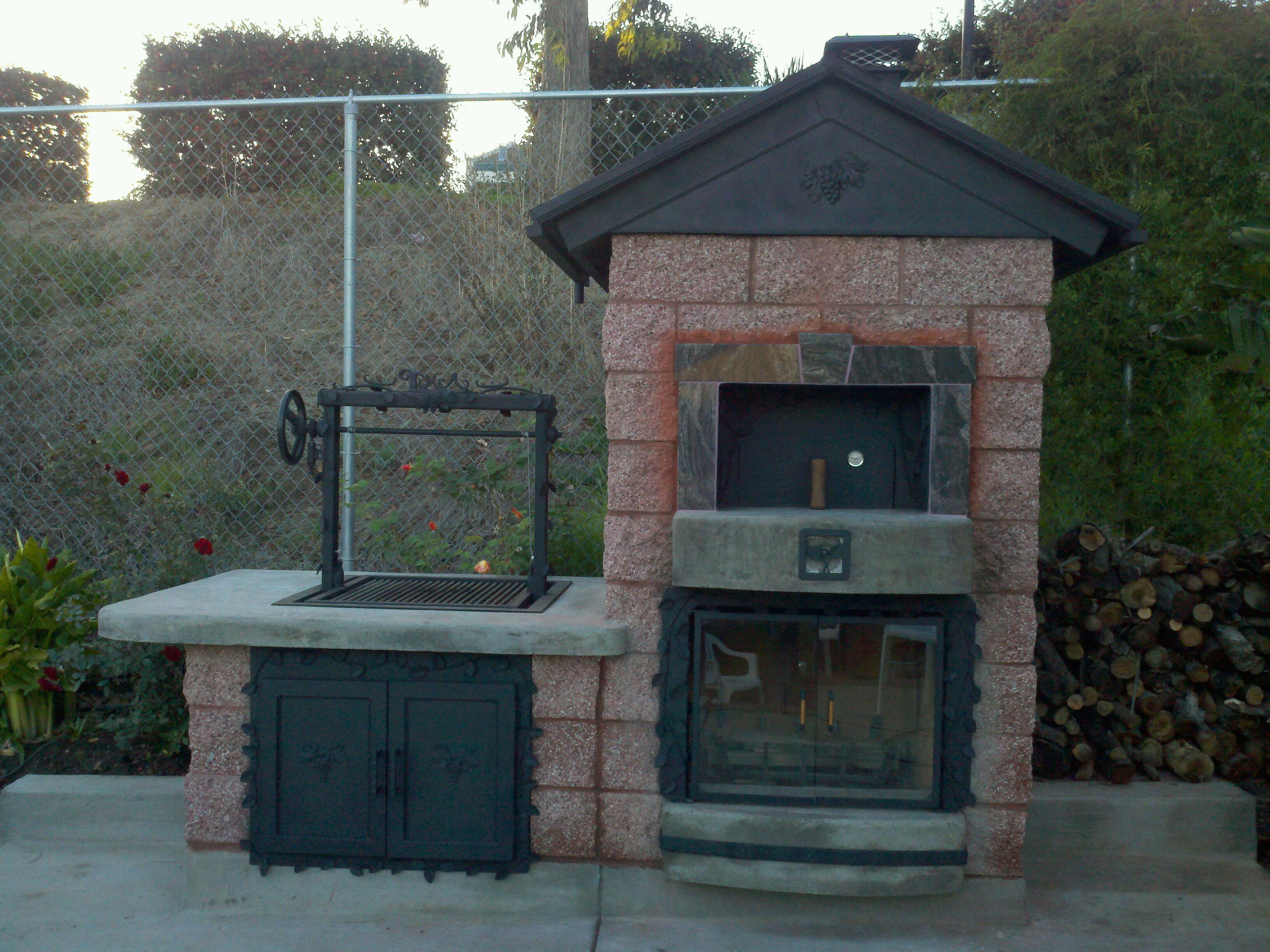 Outdoor pizza ovens custom outdoor kitchen lc oven - Outdoor kitchen pizza oven design ...