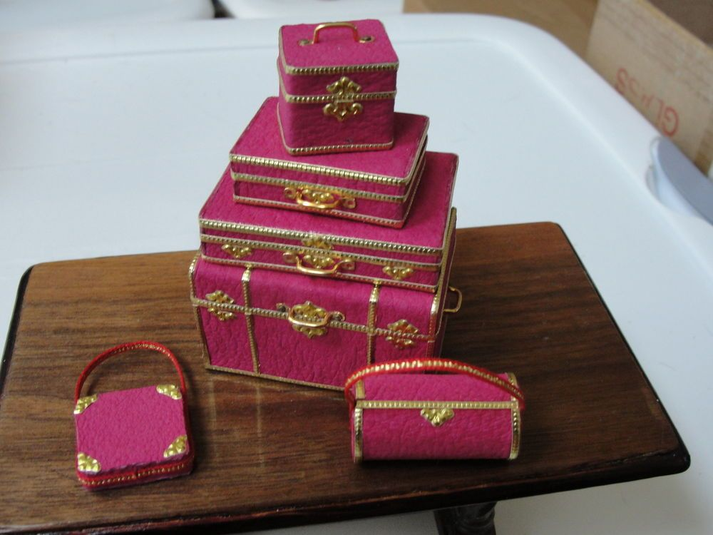 Dollhouse Miniature Set of 6 Piece Matching Mauve Luggage
