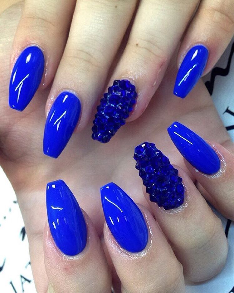 Blue And Gold Glitter Nail Art Black Stripes Polka Dots Base Nails With White Acrylic Flowers Design