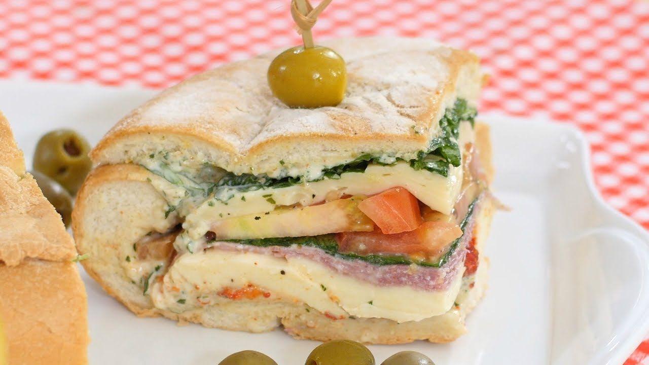 Sandwich Gigante de Pan Campesino/ Giant Bread Super Sandwich
