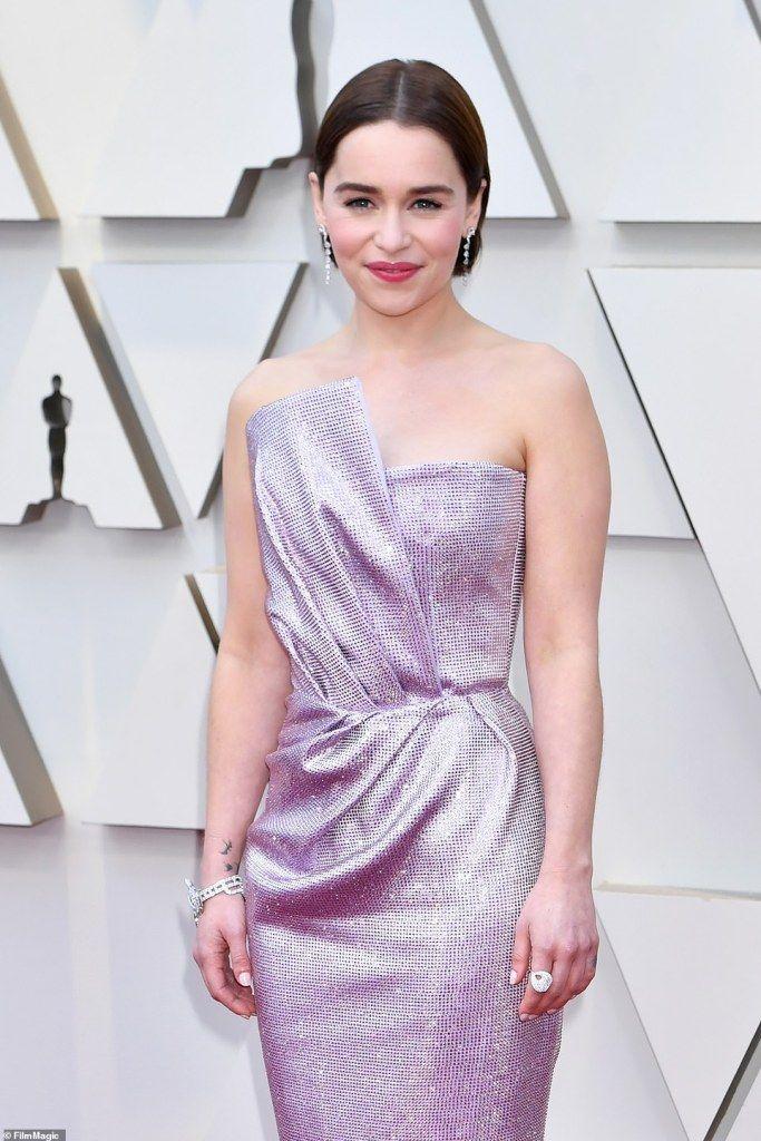 f7142af9234b319 Самые яркие наряды звезд на церемонии Оскар-2019 — фото — Сайт для души
