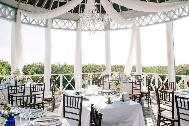 A Beach-Chic Wedding in the Sand in Seaside, Florida | Beach chic ...