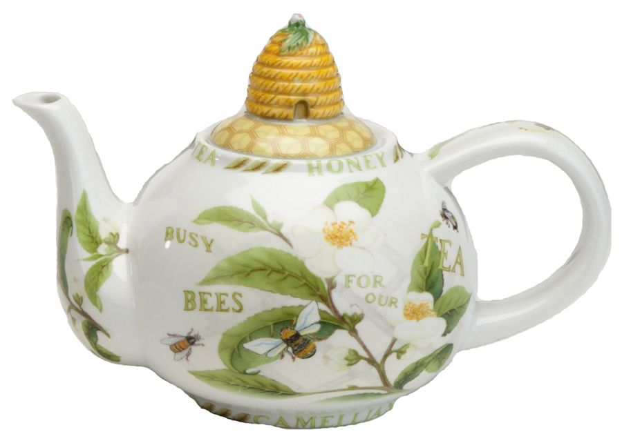 Honey bee tea pot...OMG Bee skeps and bees and a tea pot!?!  Does it get any better than this????