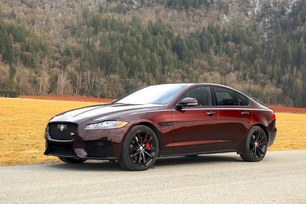 2019 Jaguar Xf S Review Tractionlife Com Jaguar Xf Jaguar Car Luxury Cars