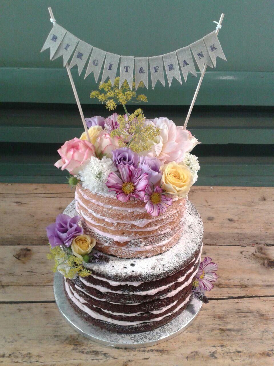 Nakedcake mit Wildblumenmischung