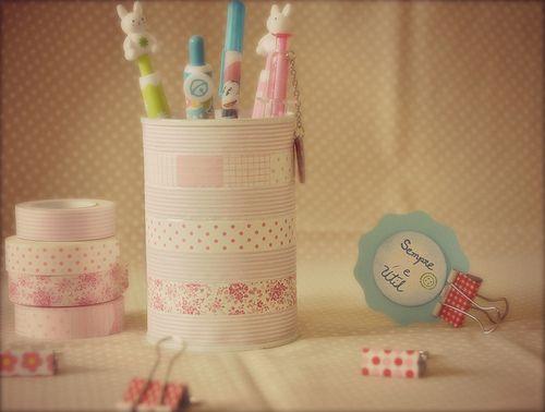 All sizes   Reciclando latinhas com washi tape ,confira no blog--> sempre e útil   Flickr - Photo Sharing!