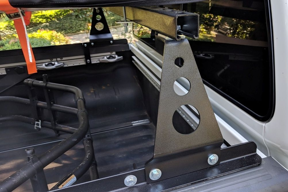 Here is a closeup of the pickup truck rack and cross bars