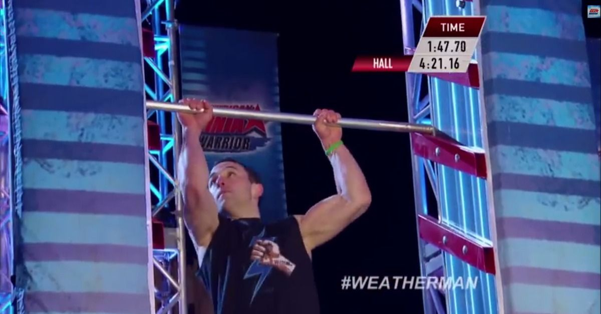 'American Ninja Warrior' Competitor Literally Destroys ...