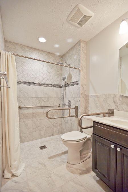 Universal Design Boosts Bathroom Accessibility Handicap Bathroom Design Accessible Bathroom Design Bathroom Layout