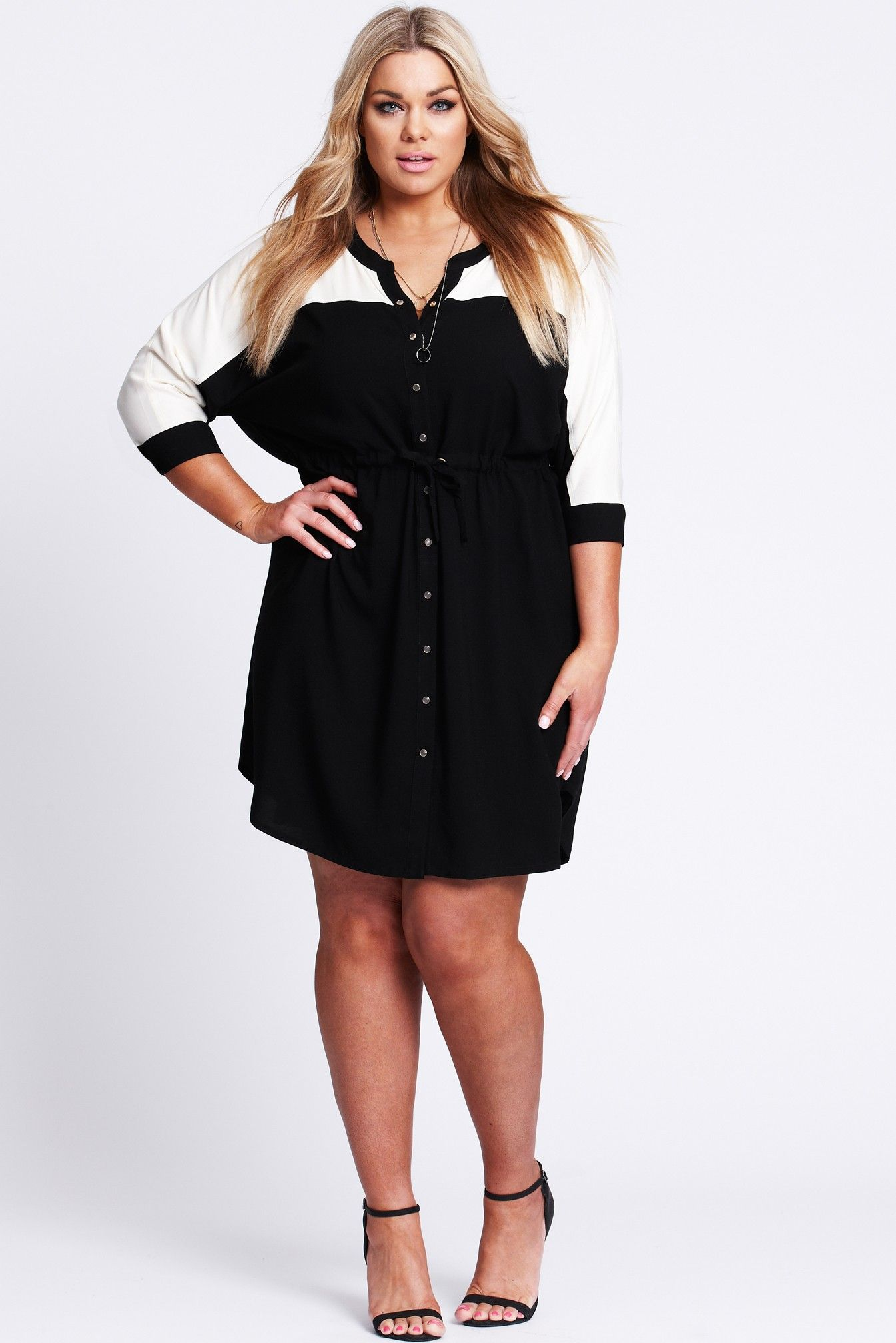 Paris Is Calling Dress - This is so fresh and fancy. Perfect easy wearing dress for any occasion, wear it with some fresh white runners or a heel.what ever you like its awesome. Black and white colour blocked easy wearing shirt dress. The Paris Calling dress by 17 Sundays is fabricated in a silky viscose woven for a luxe hand feel. Draw cord waist with gold eyelets at front. Clear shirt snaps with gold rims on placket. Shirt detailing on hem Chanel is wear a size ...
