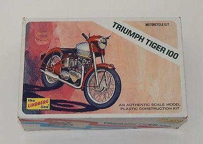 lindberg triumph tiger 100 vintage plastic motorcycle model kit 1 16 scale scale modeling. Black Bedroom Furniture Sets. Home Design Ideas