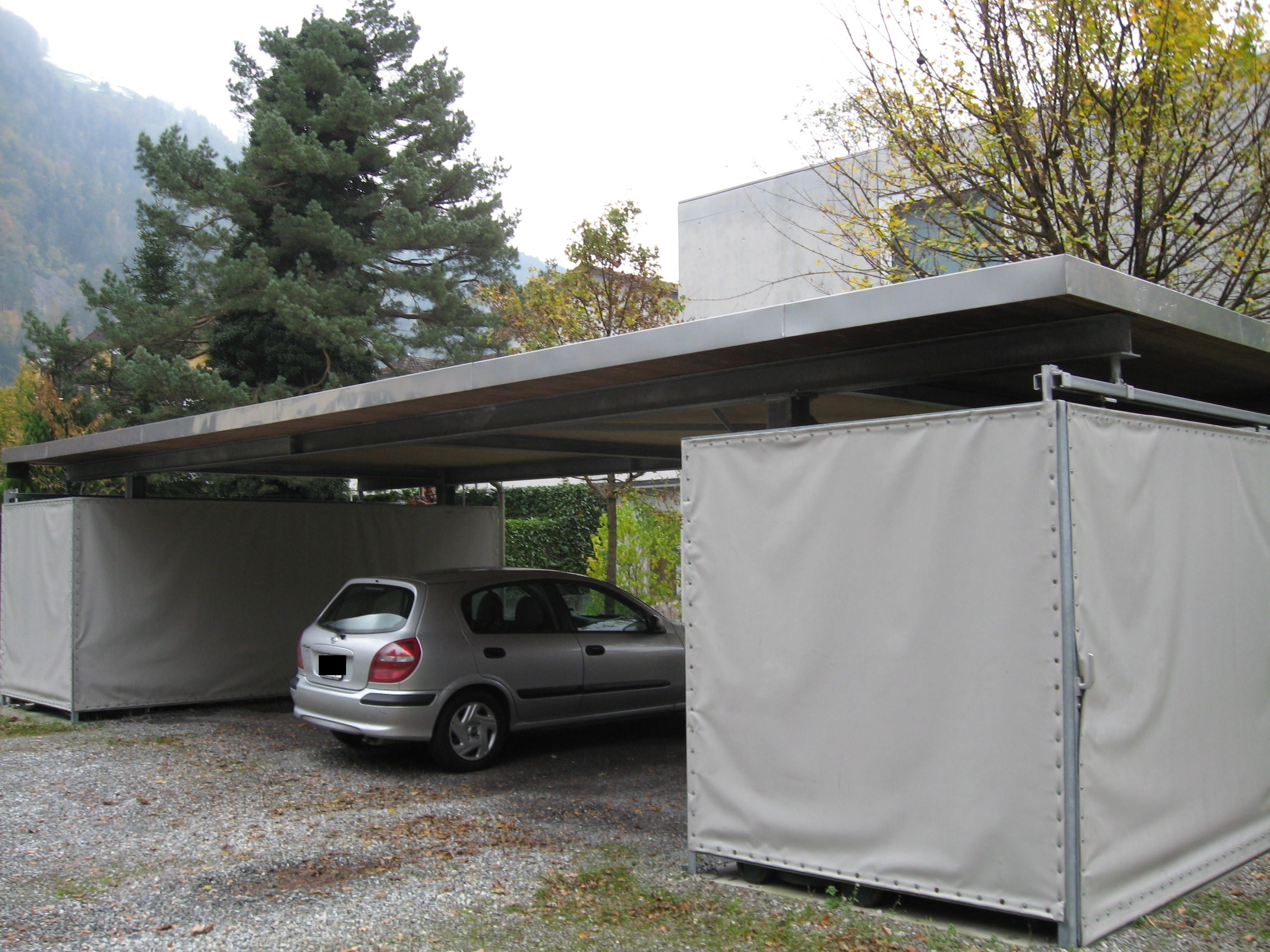 flachdach carport aus stahl mit 2 ger teschuppen f r 3. Black Bedroom Furniture Sets. Home Design Ideas