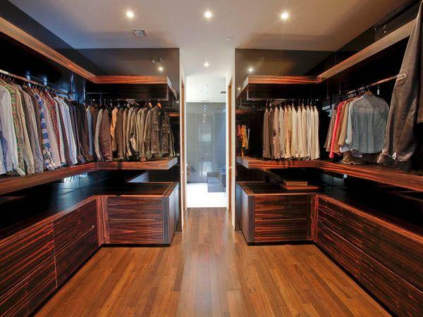 Californian Mansion Walk In Closet