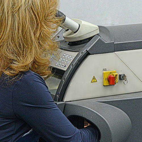 Novell Design Studio - Laser repair