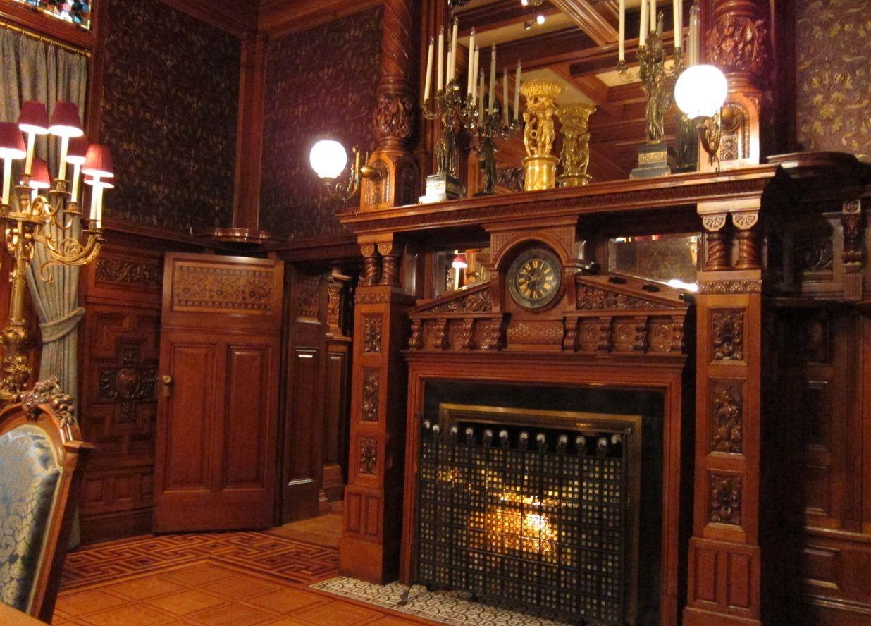 Victorian Mansion Interiors Victorian Mansion Wallpaper