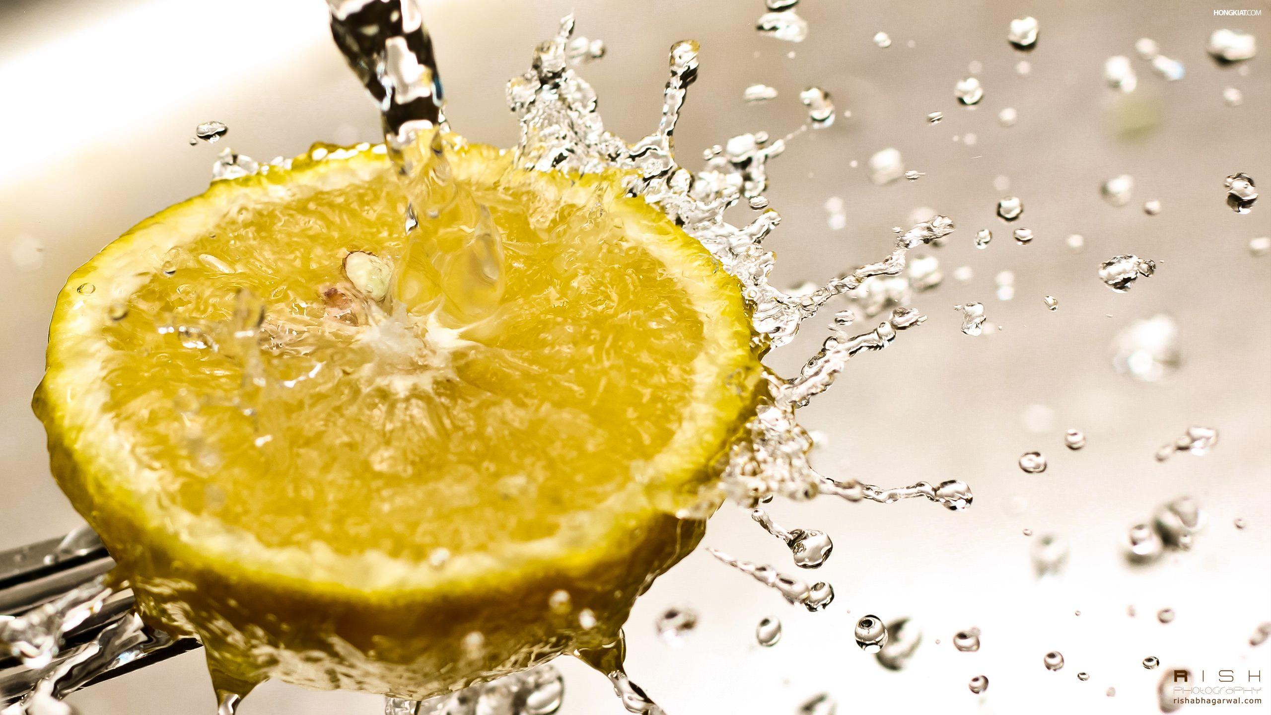 лимон и вода для волос