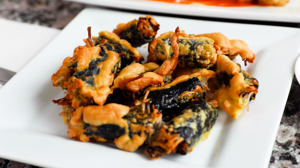 Crispy seaweed noodle rolls (Gimmari: 김말이) recipe - Maangchi.com