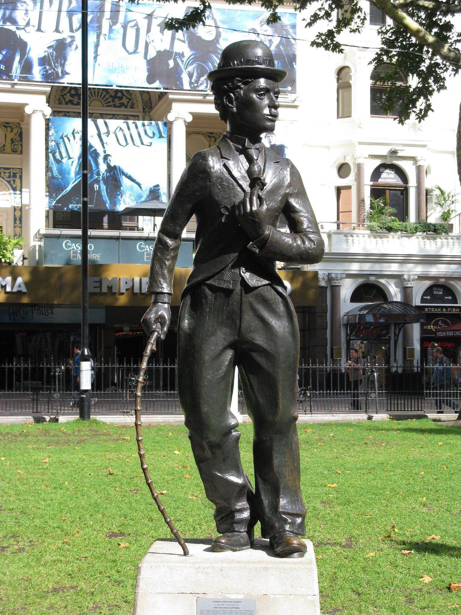 Charlie Chaplin Leicester Square London Chaplin Statue Charlie Chaplin