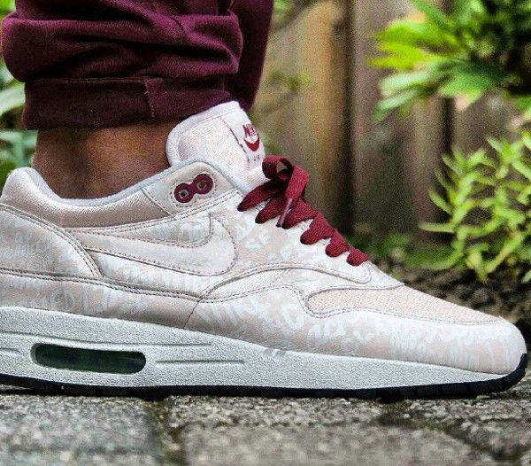 Nike Air Max 1 Powerwall Pink
