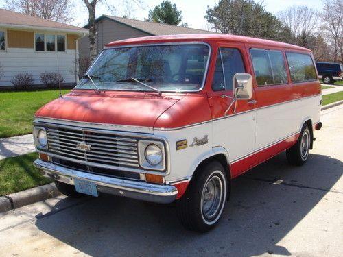 1975 Chevrolet G20 Beauville Extended Passenger Van 5 7l 4bbl V8