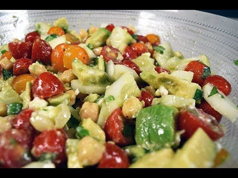 Jersey Fresh|Tomato Cucumber Salad with Avocado and Chickpeas Full recipe http://bit.ly/2b27XjA