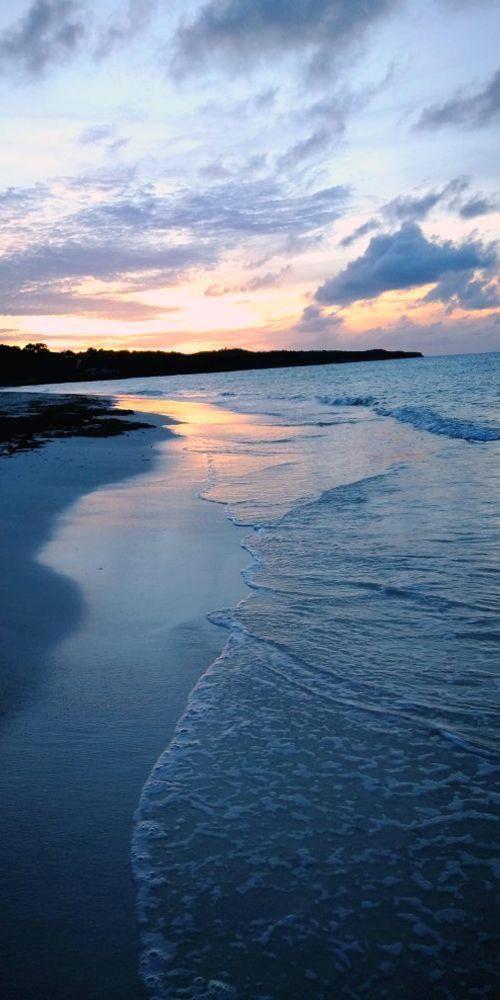 Guardalavaca Beach, Holguin, Cuba 🌤️ -------------