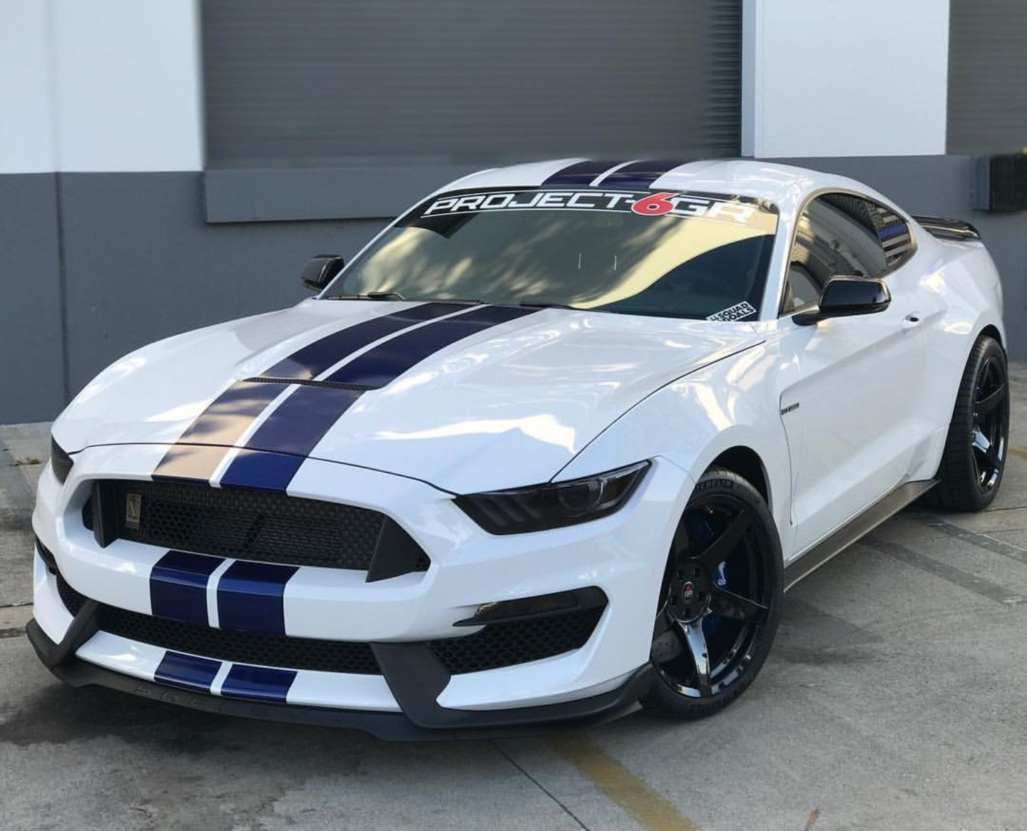 Bad ass ford mustang shelby gt350 bad ass rides 2018 mustang gt