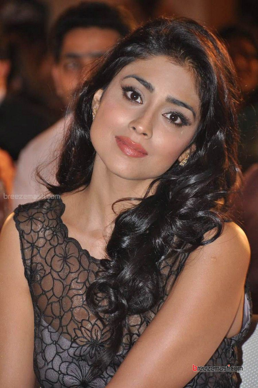 shriya saran date of birth