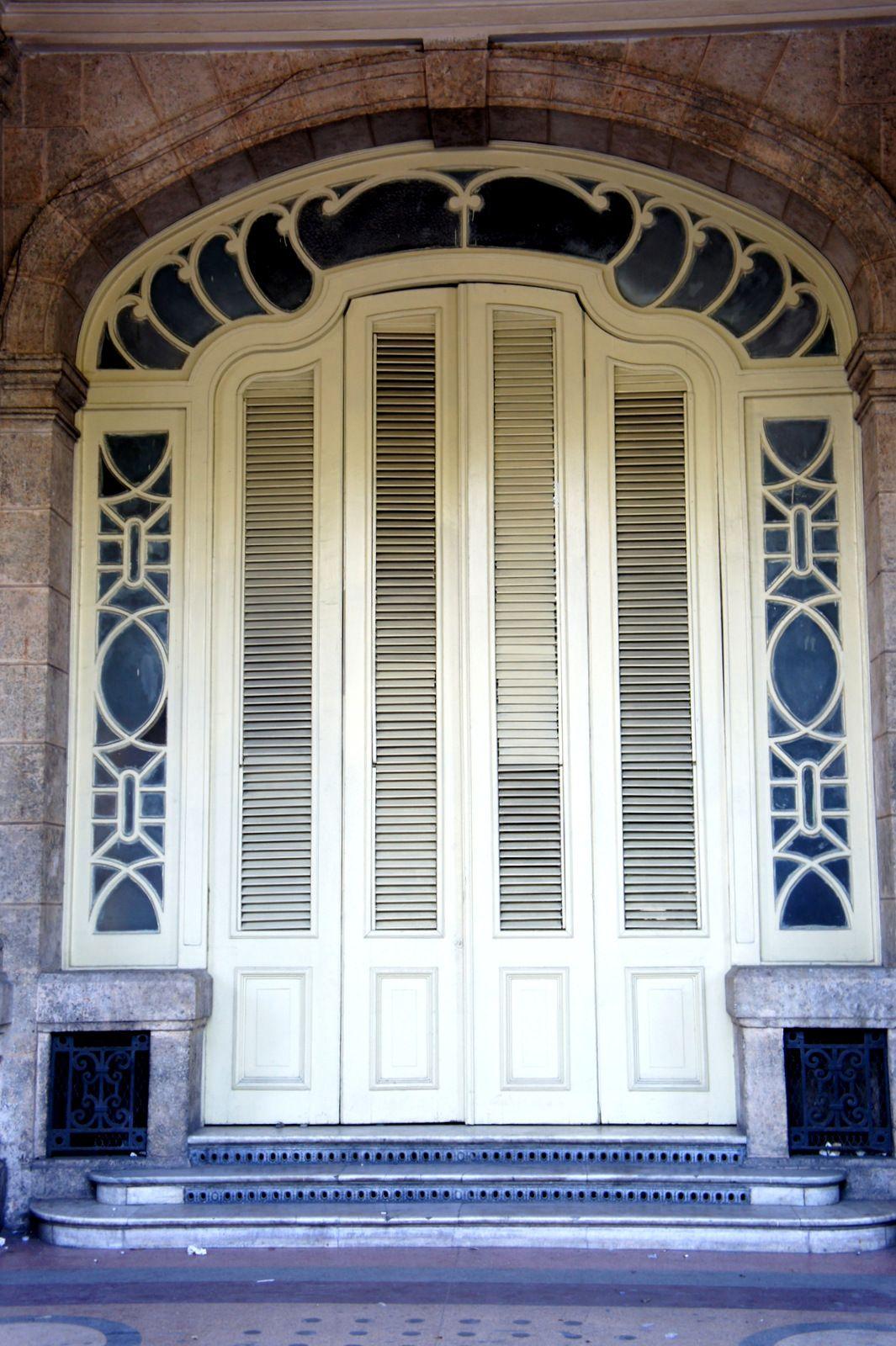 La Havana Cuba Windows, doors, Unique doors, Doors
