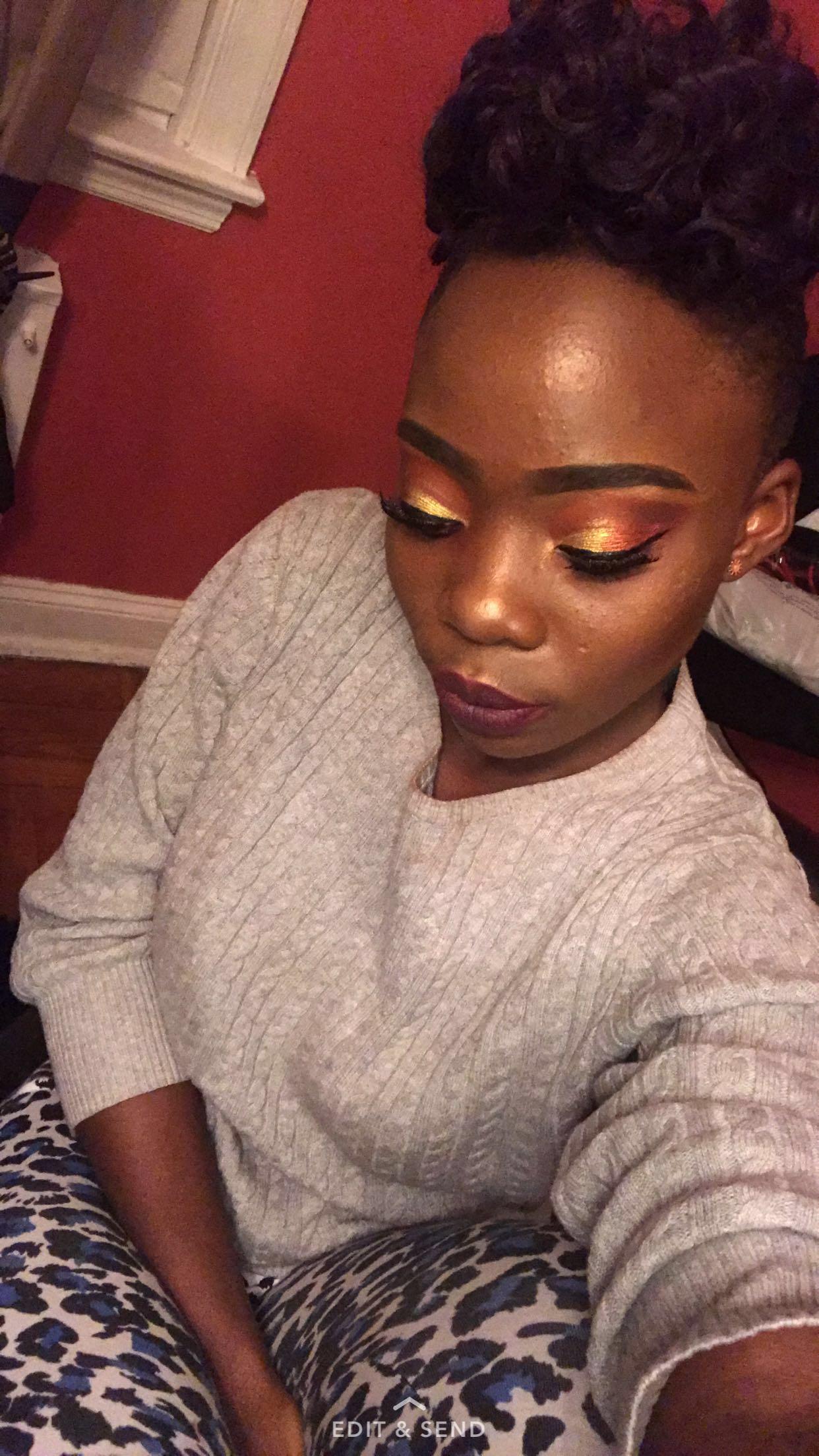 Night makeup look Gold Light burgundy Night makeup