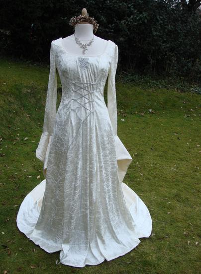 Celtic style wedding dress  Scottish and Irish Wedding Gowns and Themes  Irish wedding dresses