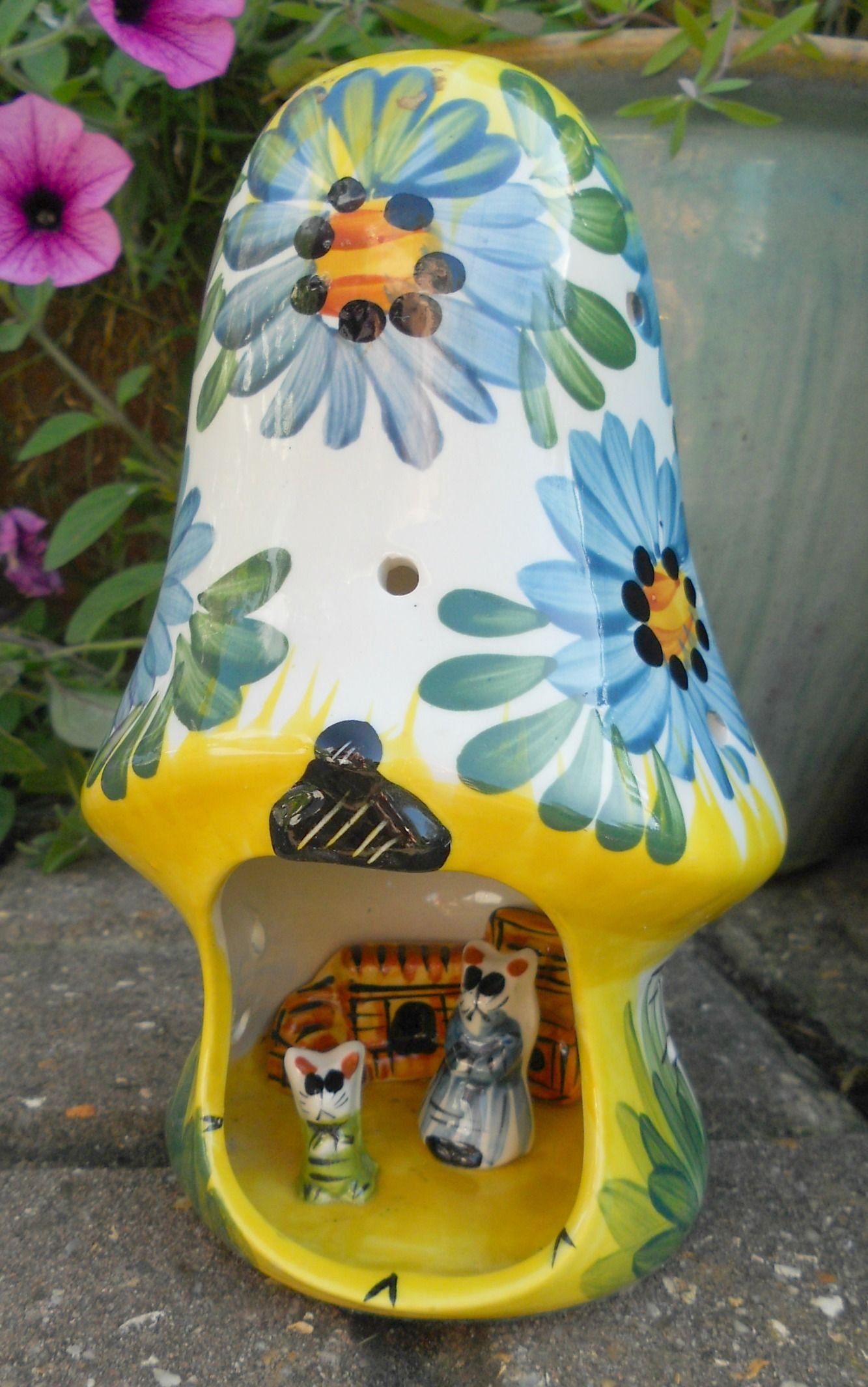 Cat Night Lights A Vintage Derek Fowler Pottery Night Light With Mother Cat