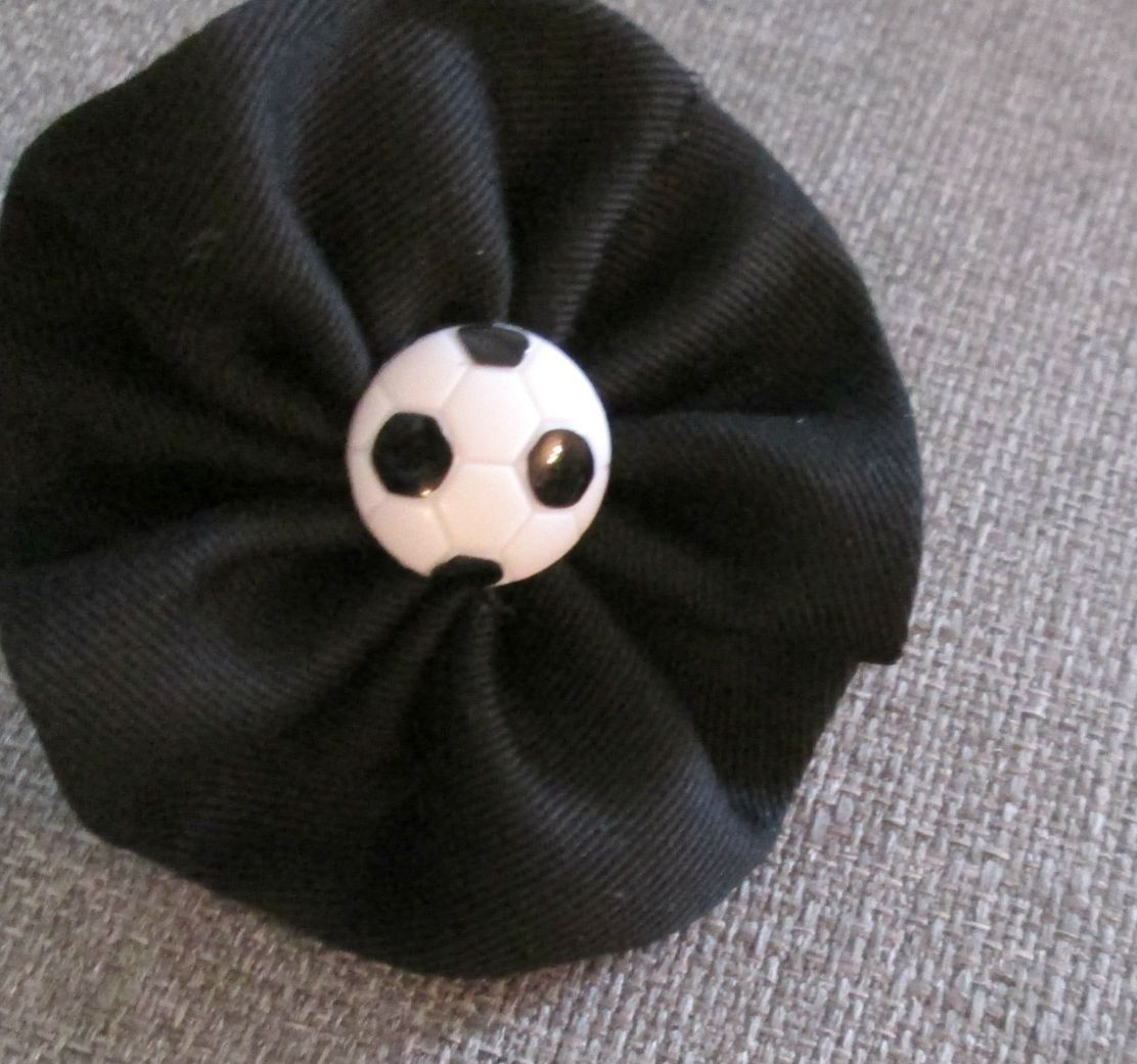 Soccer Handstitched yo yo hair clip or Brooch/Pin by ThisandThatCrafter on Etsy