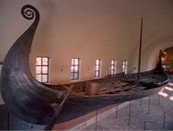 Discovered in Norway in 1906, the Oseberg ship is the best preserved Viking ship ever found. Learn more about its shipbuilders' graceful construction style w/ NOVA. #PBScuriosity (photo: © Svergies TV)