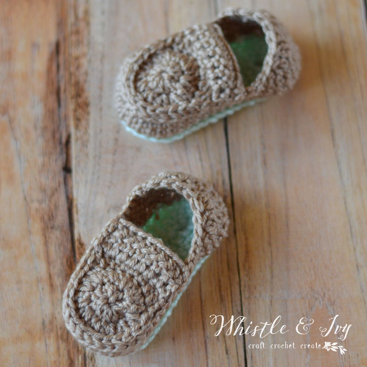 Crochet baby loafers free pattern crochet baby pop of color and free crochet pattern crochet baby loafers easy adorable and simple booties perfect bankloansurffo Choice Image