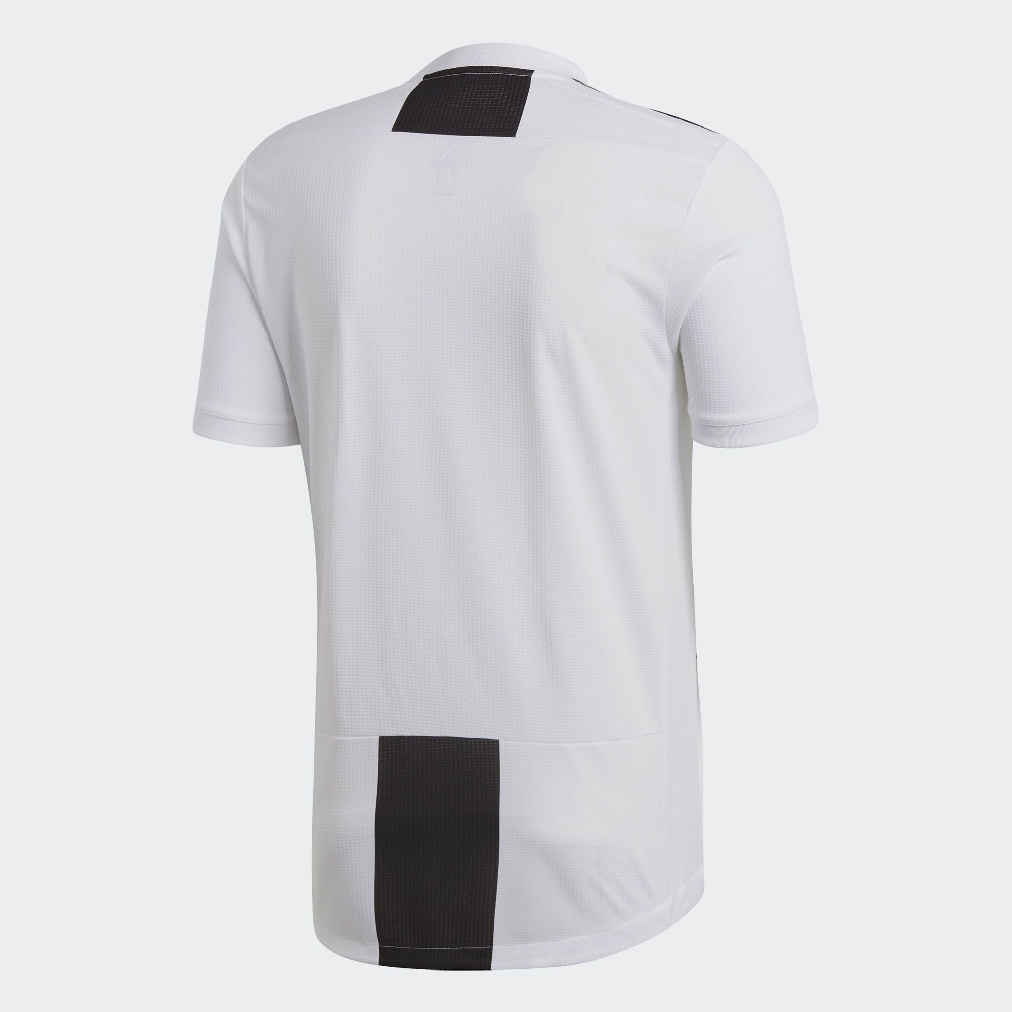 Juventus 2018-19 Adidas Home Kit  d06f62ec5e1f4