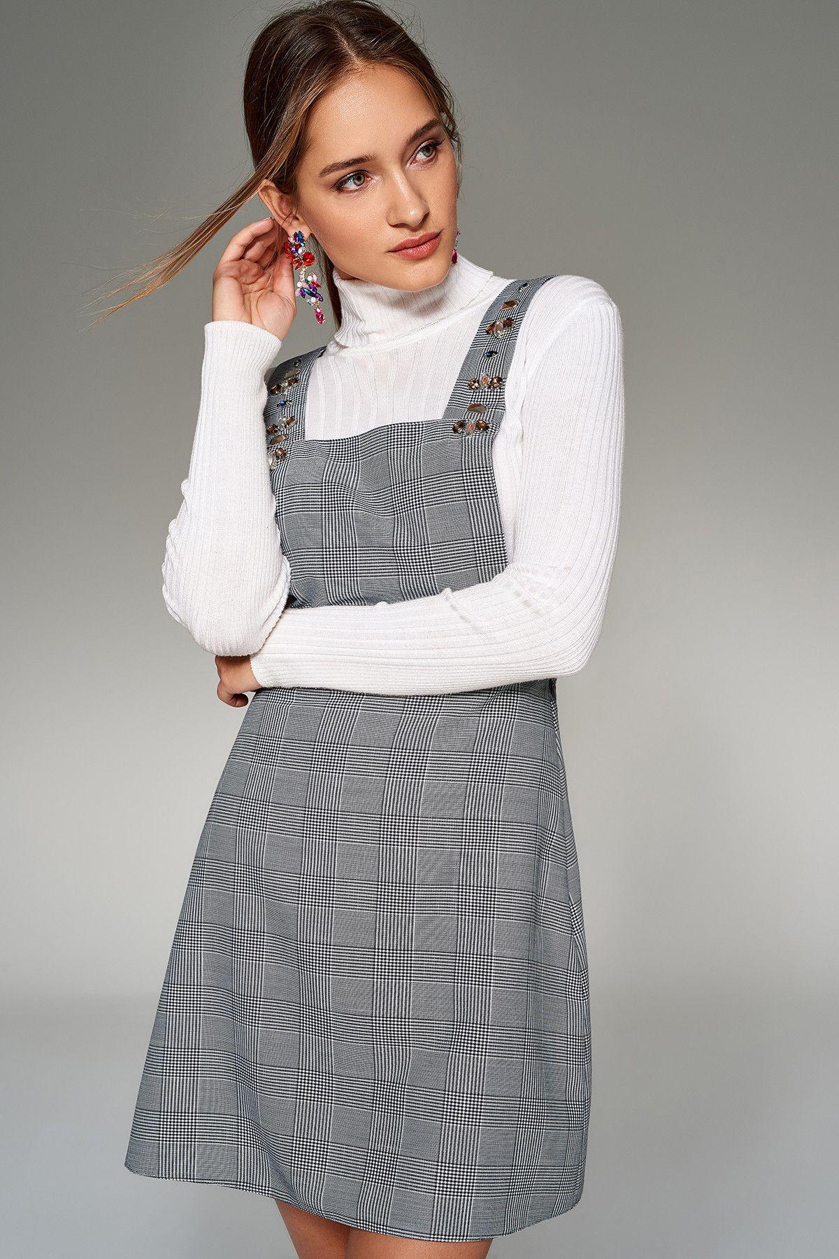Gri Tas Detayli Ekose Elbise Trendyolmilla Trendyol Kiyafet Ekose Elbise