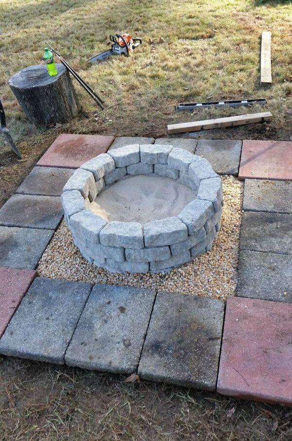 Easy Stone and Block Firepit   Fire pit backyard, Diy fire ...